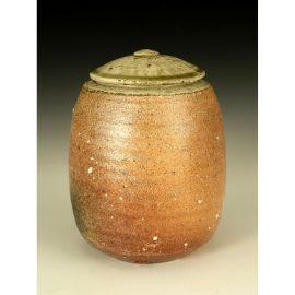 PR206  Lidded Jar.