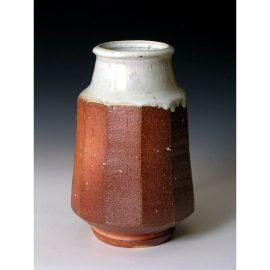 PR235  Vase