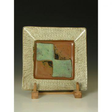 HJ16  Square plate by Shimaoka Tatsuzo.