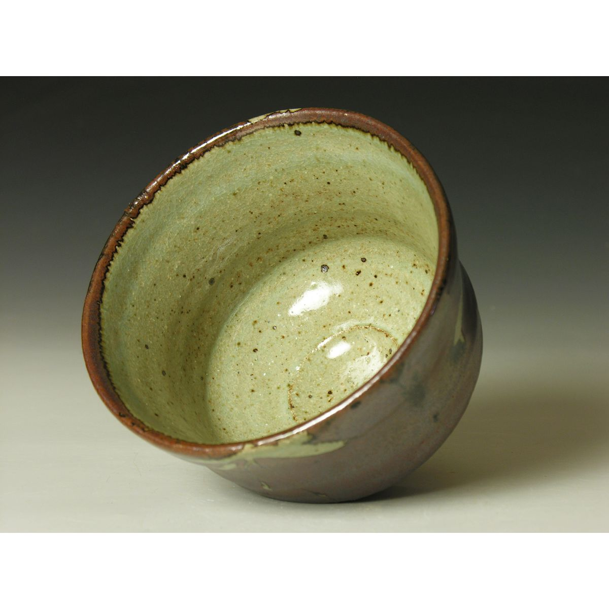 Pr410 chawan with wax resist decoration phil rogers pottery for Decoration wax